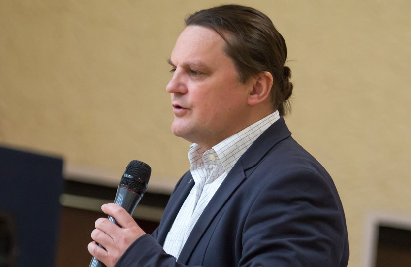 Pastorius Artūras Rulinskas
